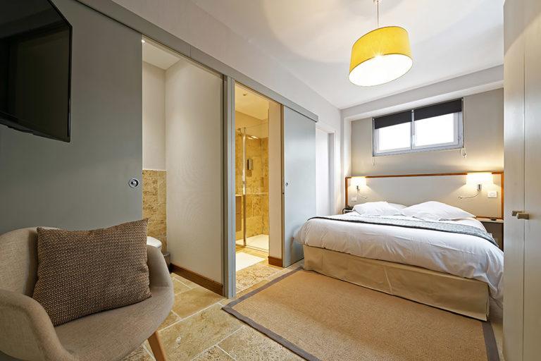 Appart'Hôtel à Autun vue d'une chambre
