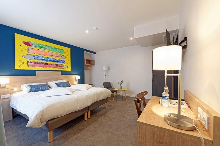 Bourgogne_Autun_Hotel_de_la_Gare_Chambre_02