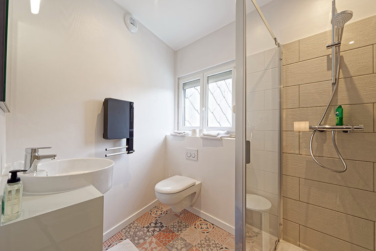 Bourgogne_Autun_Hotel_de_la_Gare_Salle_de_bain